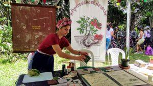 Selva Selvita en el Bazar de la Confianza 2019 con Aprovecho el desecho